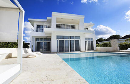 Modern luxury villa on the ocean in Dominican