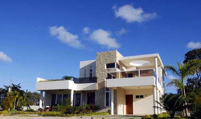 Exterior front of villa at Tisu development